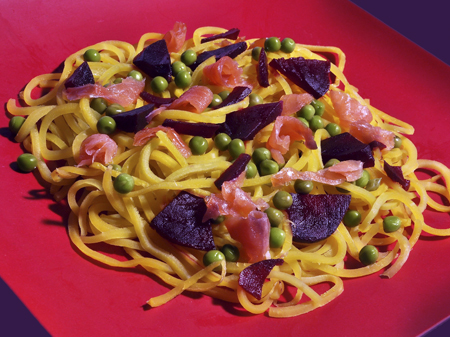 nsalata_spaghetti_gialli_rape_salmone